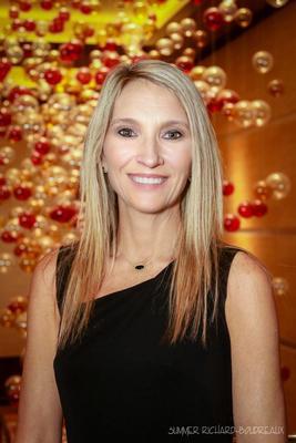 Send a message to Lisa Bono