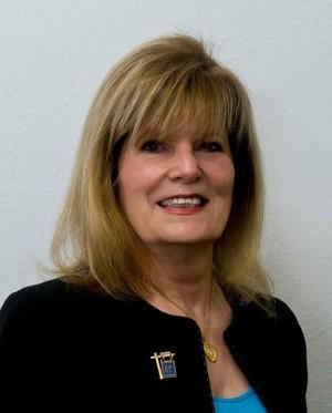 Virginia Muller,BROKER/OWNER:Residential, Commercial, Farm & Ranch