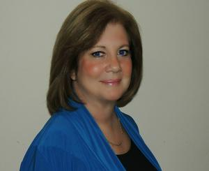 Kim Chiapperino,ASSOCIATE BROKER: