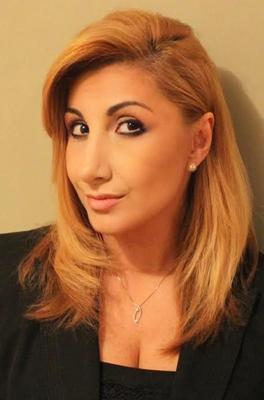 Send a message to Dinara Sammartino
