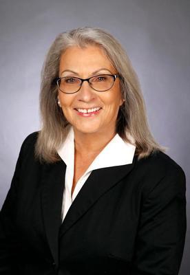 Send a message to Lynn Dohm
